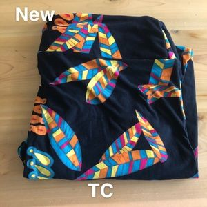 Lularoe leggings tall curvy TC new